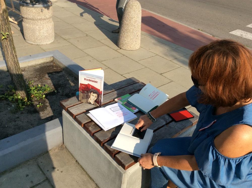 naodowe-czytanie-biblioteka-opole-lubelskie-1