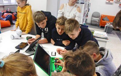 Warsztaty edukacyjne zrobotem Photon iRaspberry Pi